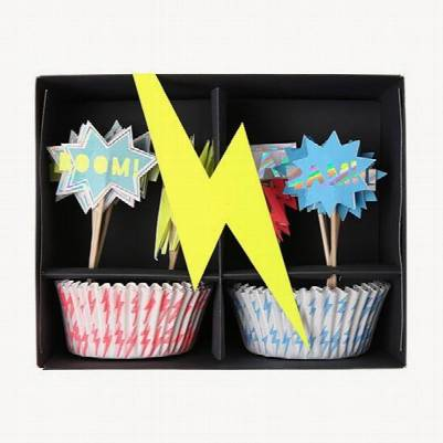 Kit-cupcake-superhero